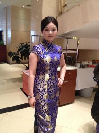 旗袍设计师安妮