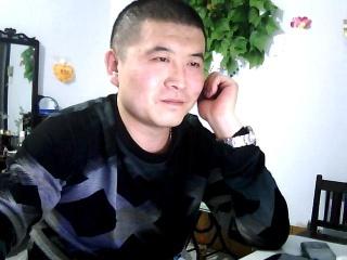 山东济宁金乡29岁的男士等待找女朋友征婚 珍爱网提供专业红娘服务