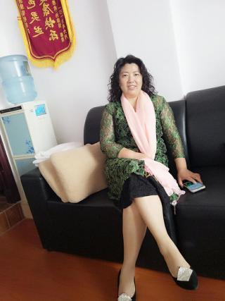 50岁离异女征婚照片(id:87223004)_广西桂林征婚交友