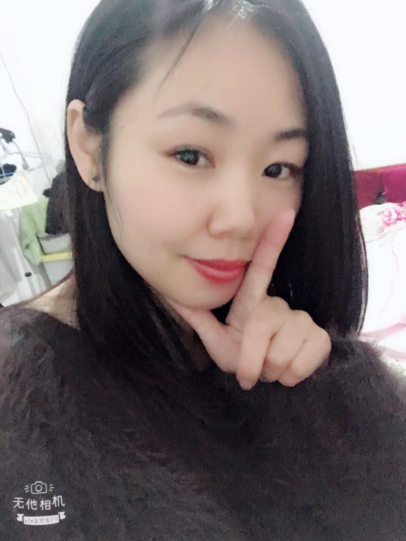 云南電視臺主持人王娟