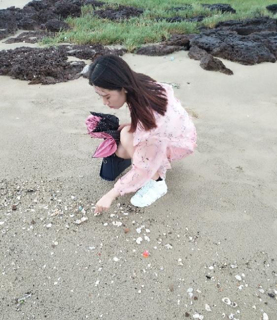 Jade菁菁照片